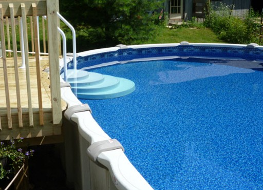 Paradis Pools installs pool liners in CT