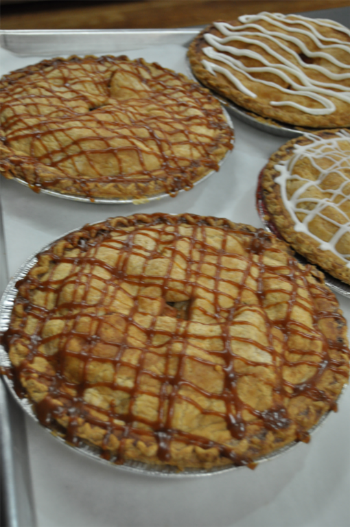 Lewis Farms bakes fresh pies in Southington CT