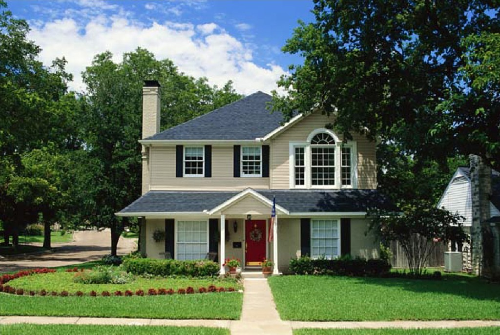 We'll make sure your gutters protect your home | A&A Seamless Gutters, LLC