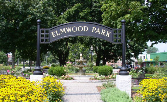 Elmwood Park outdoor design by Didona Associates