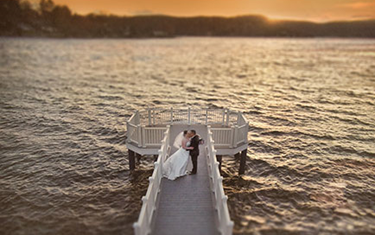Have your wedding on Candlewood Lake in Brookfield, CT