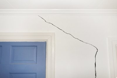 Whether caused by an act of nature or a building flaw, we can fix cracks like these