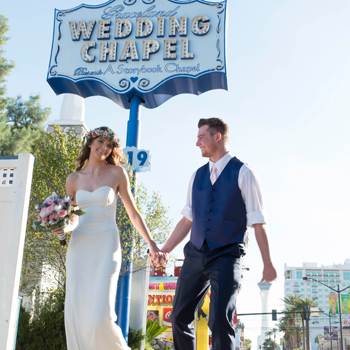Let S Get Hitched Wedding Package At Graceland Chapel Las Vegas Expedia