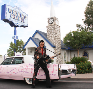 The Graceland Chapel Has Been A Part Of Las Vegas Strip For Over 70 Years And Is One Most Prominent Chapels Wedding In