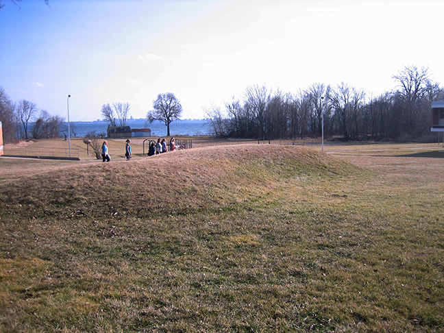 Aztalan and Effigy Mounds in Madison TOUR