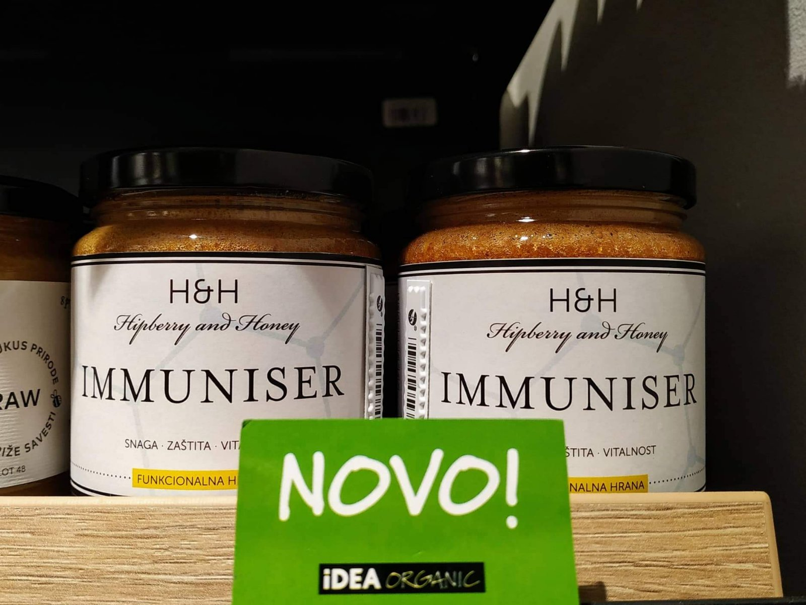 hipberry and honey immuniser - spoj sipurka i meda je vitaminska bomba